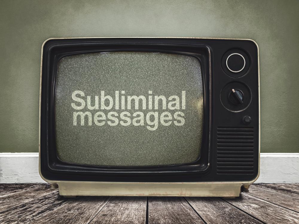televisión con mensajes subliminales